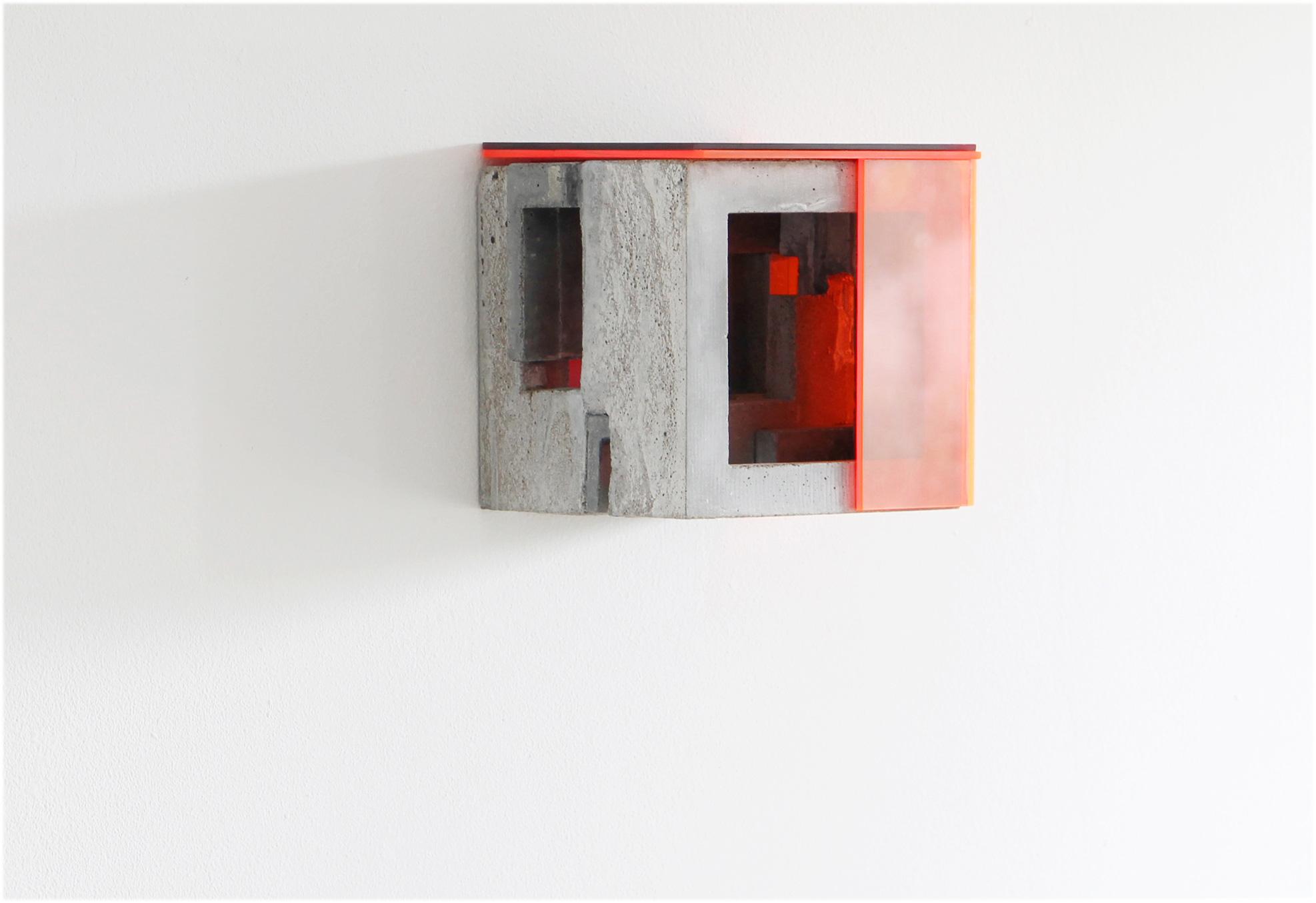 Box X/5 | 2020 | Beton , Acrylglas | 14 x 14 x 14 cm